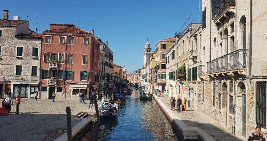 Shops in Venice